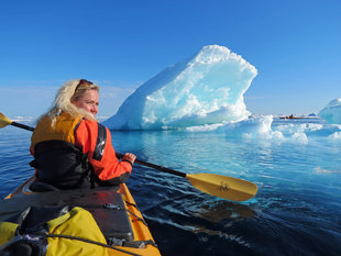 Kayaking in Baffin Island