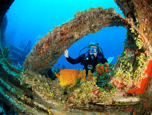 Wreck Diving in the Cayman Islands