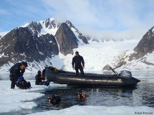 Diving in Arctic Spitsbergen (Svalbard)