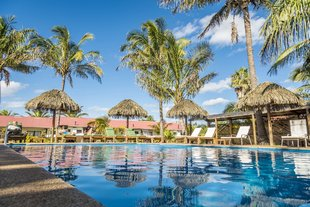 Hotel easter island chile swimming pool.jpg