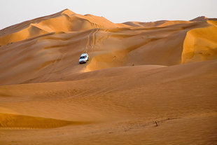 wahiba-sands-oman-desert-crossing-safari-expedition-dhofar-rub-al-khali-holiday-vacation-travel-photography-private-guide-arabia-camp-bidiya-qihayd-muhut-al-khaluf-dune-bashing.jpg