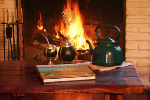 mate-fireplace-estancia-horse-riding-lake-argentina-patagonia-trekking-hotel-accommodation-el-calafate-perito-moreno-wildlife.jpg