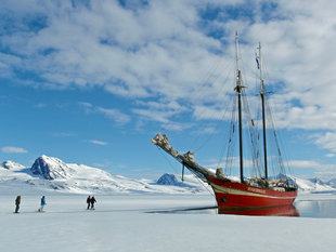 Sailing in Spitsbergen - Jan Belgers