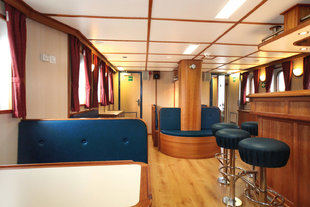 S/V Rembrandt Bar & Sitting Area