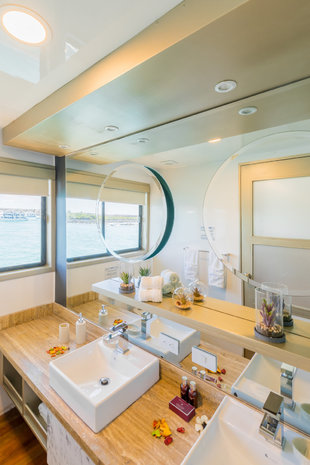 Sea Star Journey Bathroom