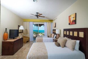 Twin room at Playa Mujeres