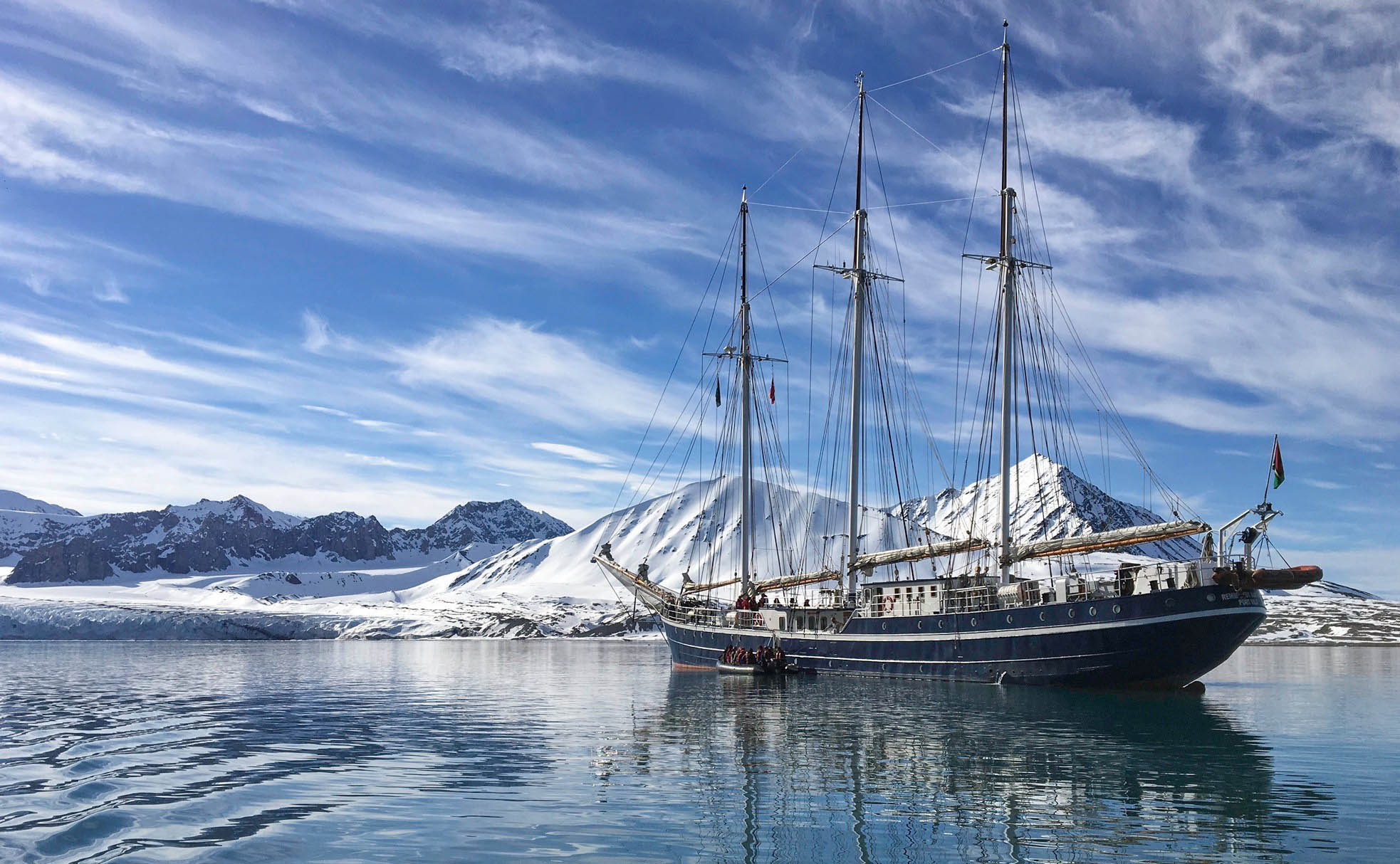 Sailing in Spitsbergen on Rembrandt - Christine Nicol